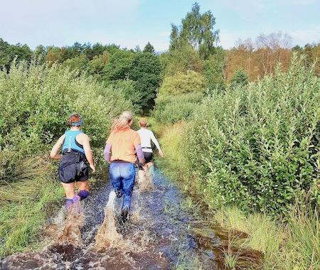 traillöpning efter regn, vanans makt vinner över vädrets, Malin Lundskog