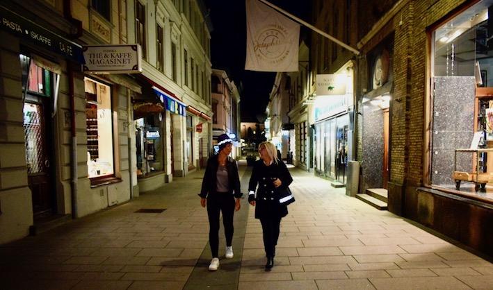 promenad smart in the dark