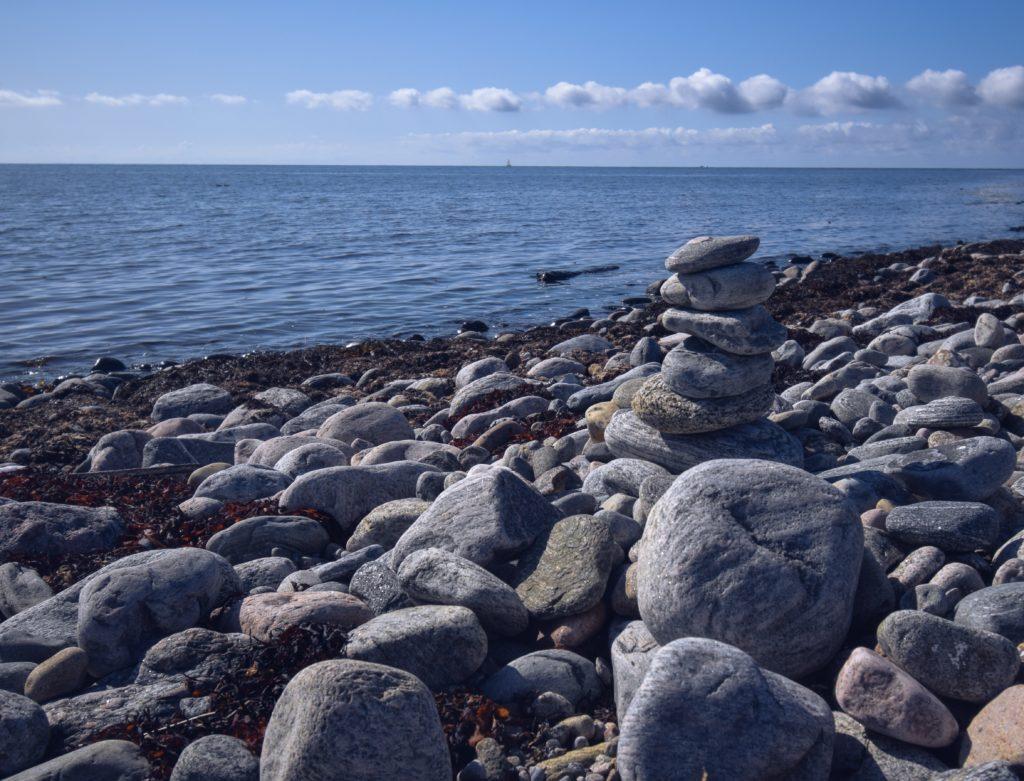vi är lika och unika du och jag, stenar, havet, Nidingen