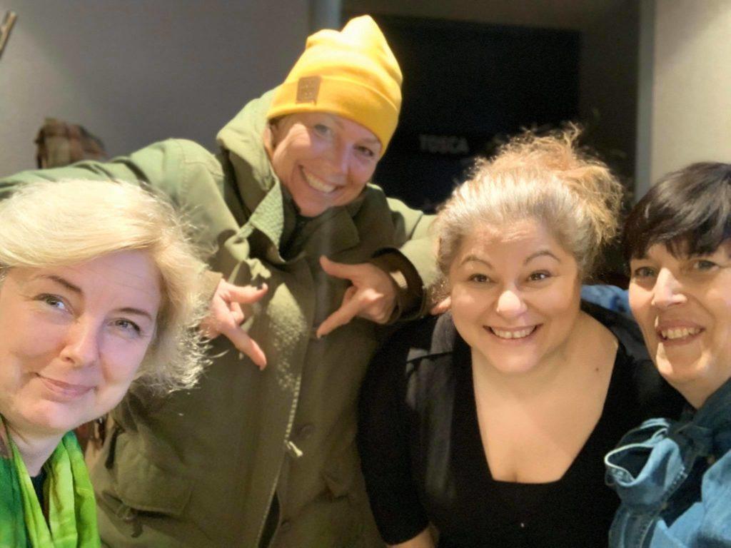 kvinnlig kraft och hälsosamt gapskratt, Malin Lundskog, entreprenör, Kicki Westerberg, Dorotea Petersson, Eva Svärd