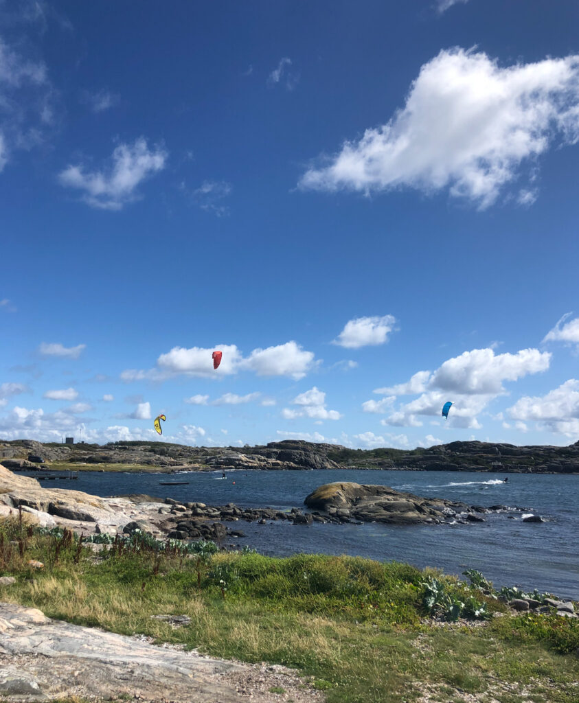 kitesurfare, Hönö. Skärgårdsleden är ett hett hemestertips