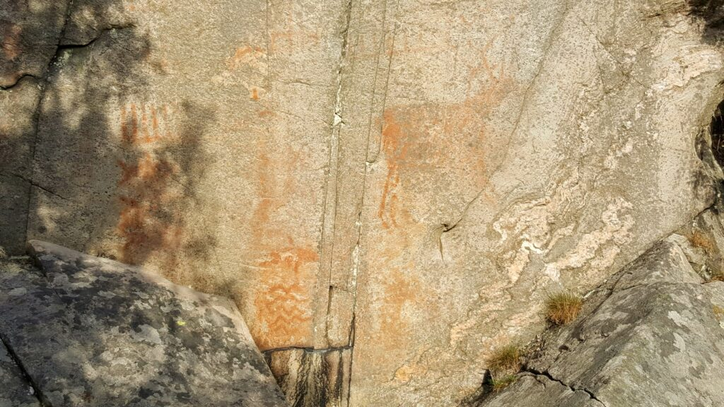 en vandring på Hisingen, hällmålning